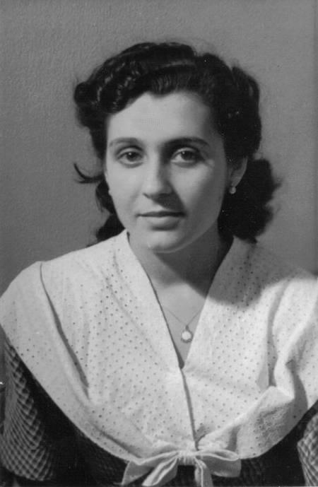 Montserrat Creus de Requesens, la meva mare